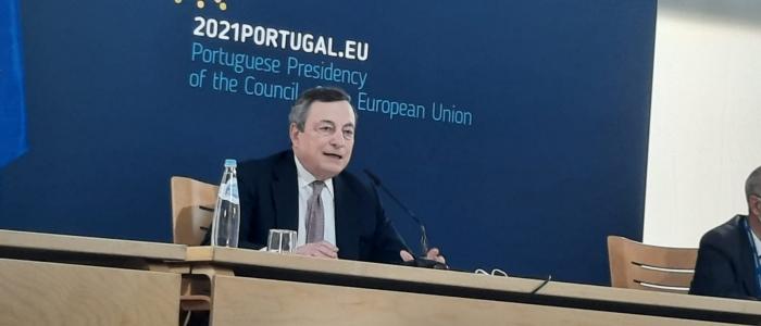 """Draghi: """"Riaprire sì, ma usando la testa"""""""