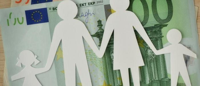 L'assegno unico per i figli diventa legge