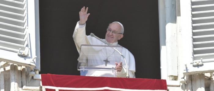 """Papa Francesco: """"La malattia più grande è la mancanza d'amore"""""""