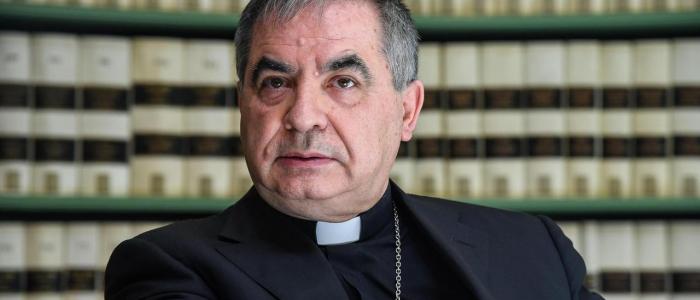 Vaticano, cardinale Becciu e altri indagati con accuse di peculato