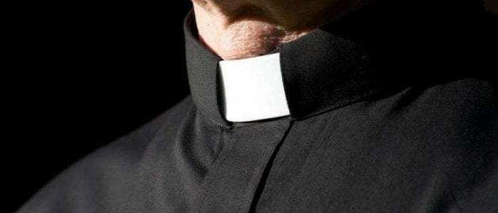 Milano, arrestato sacerdote per abusi su minori