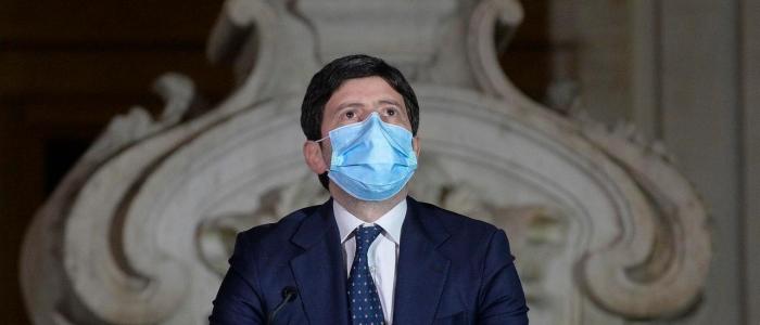 Covid in Italia, prorogato lo stato di emergenza