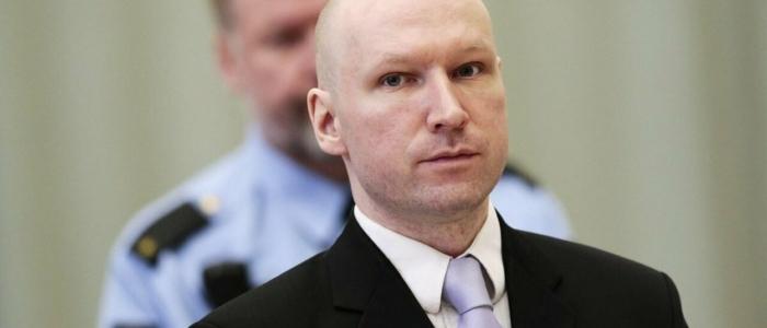 strage di Utoya, dopo 10 anni Breivik non si mostra pentito