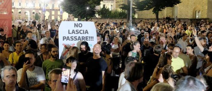 Green pass, proteste in tutta Italia