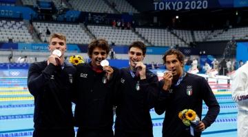 Tokyo 2020, record tutto italiano nella 4x100 stile libero