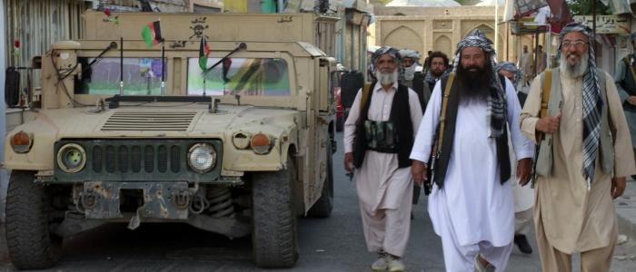 Afghanistan: continua l'avanzata dei talebani, sempre più vicini a Kabul