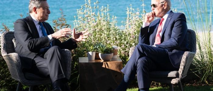 Crisi in Afghanistan, colloquio telefonico tra Draghi e Biden