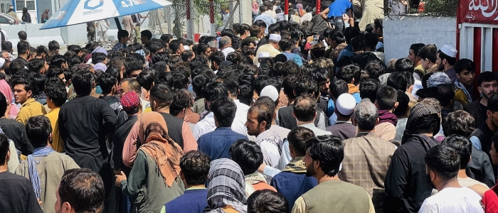 Afghanistan, è ancora caos all'aeroporto di Kabul. 7 morti