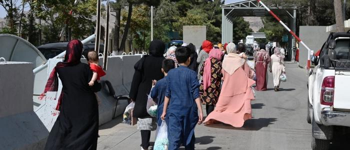 Afghanistan, bloccate a Kabul 81 studentesse afghane della Sapienza