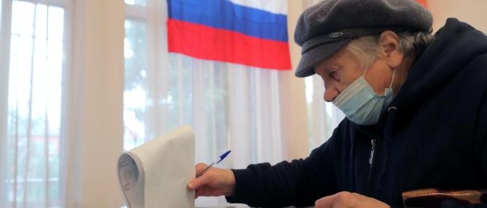 """Elezioni in Russia, Putin vince ancora ma il partito comunista gli """"ruba"""" consenso"""