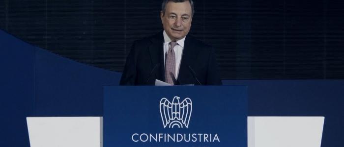 """Aumento energia, Draghi: """"Oltre 3mld per ridurre le bollette a famiglie e imprese"""""""
