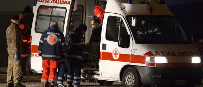Milano, morto un ragazzo di 22 anni in una rissa. Un altro è in gravi condizioni