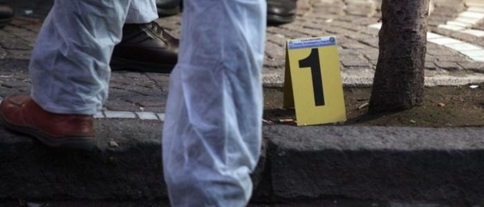 Napoli, incensurato di 23 anni muore in un agguato