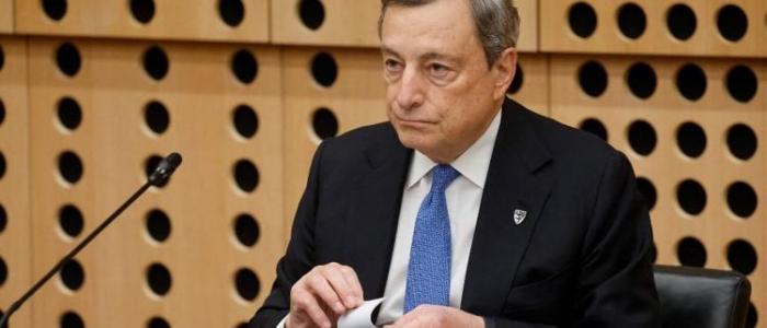 """Draghi vs Salvini: """"Questo governo non alza le tasse"""""""
