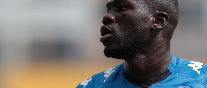 Calcio, identificato l'autore dei cori razzisti contro Koulibaly