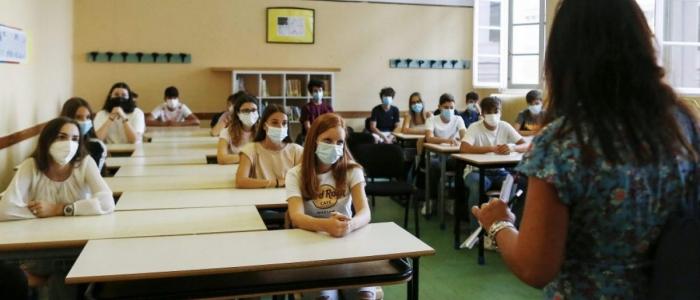 Riaprono le scuole: 8 alunni su 10 tornano in classe
